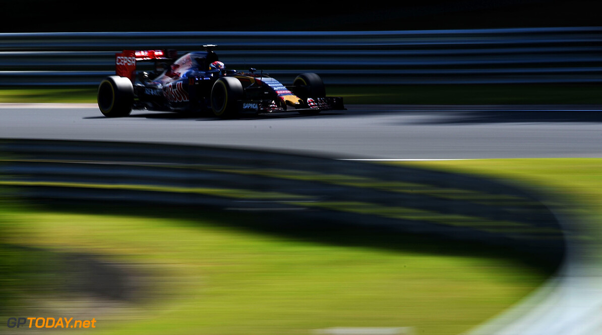 BUDAPEST, HUNGARY - JULY 26: Max Verstappen of Netherlands and Scuderia Toro Rosso drives during the Formula One Grand Prix of Hungary at Hungaroring on July 26, 2015 in Budapest, Hungary.  (Photo by Lars Baron/Getty Images) // Getty Images/Red Bull Content Pool // P-20150726-00384 // Usage for editorial use only // Please go to www.redbullcontentpool.com for further information. //  F1 Grand Prix of Hungary Lars Baron Budapest Hungary  P-20150726-00384