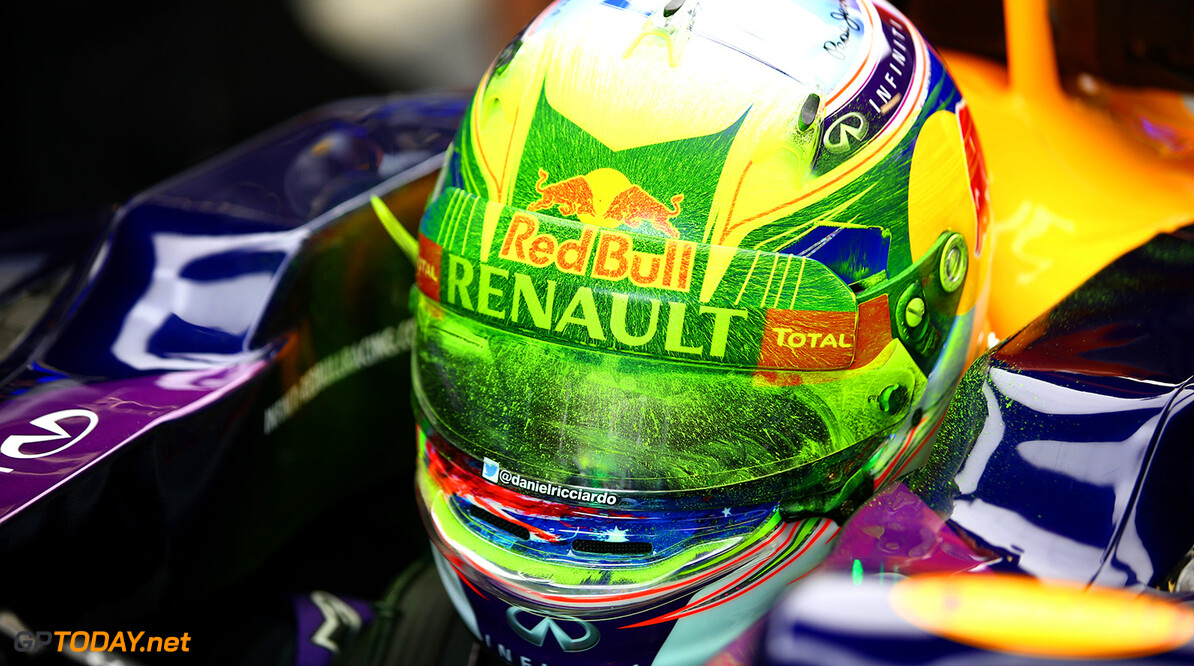 MONZA, ITALY - SEPTEMBER 04:  Daniel Ricciardo of Australia and Infiniti Red Bull Racing sits in his car after returning to the garage with his helmet covered in flow-vis paint during practice for the Formula One Grand Prix of Italy at Autodromo di Monza on September 4, 2015 in Monza, Italy.  (Photo by Mark Thompson/Getty Images) // Getty Images/Red Bull Content Pool // P-20150904-00116 // Usage for editorial use only // Please go to www.redbullcontentpool.com for further information. //  F1 Grand Prix of Italy - Practice Mark Thompson Monza Italy  P-20150904-00116