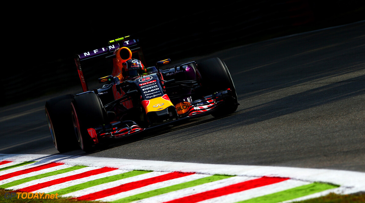 MONZA, ITALY - SEPTEMBER 04:  Daniil Kvyat of Russia and Infiniti Red Bull Racing drives during practice for the Formula One Grand Prix of Italy at Autodromo di Monza on September 4, 2015 in Monza, Italy.  (Photo by Dan Istitene/Getty Images) // Getty Images/Red Bull Content Pool // P-20150904-00055 // Usage for editorial use only // Please go to www.redbullcontentpool.com for further information. //  F1 Grand Prix of Italy - Practice Dan Istitene Monza Italy  P-20150904-00055