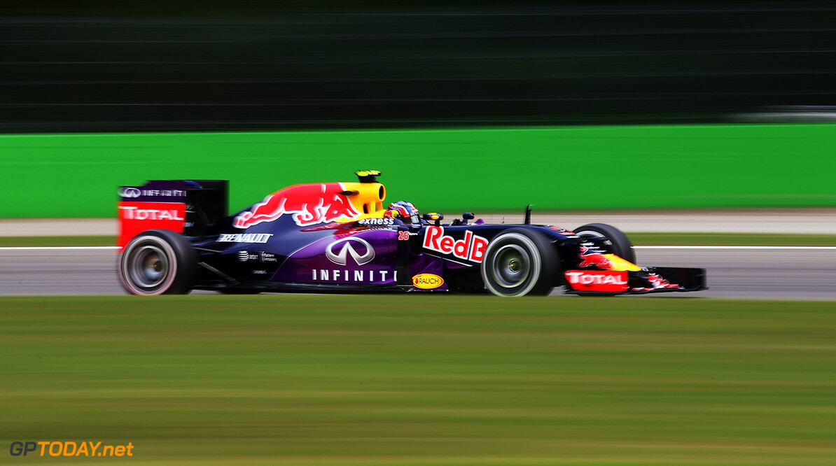 MONZA, ITALY - SEPTEMBER 04:  Daniil Kvyat of Russia and Infiniti Red Bull Racing drives during practice for the Formula One Grand Prix of Italy at Autodromo di Monza on September 4, 2015 in Monza, Italy.  (Photo by Bryn Lennon/Getty Images) // Getty Images/Red Bull Content Pool // P-20150904-00434 // Usage for editorial use only // Please go to www.redbullcontentpool.com for further information. //  F1 Grand Prix of Italy - Practice Bryn Lennon Monza Italy  P-20150904-00434