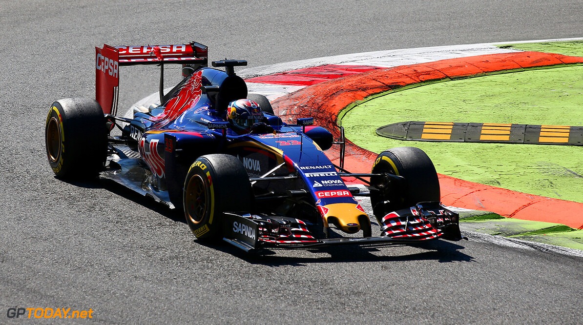 MONZA, ITALY - SEPTEMBER 06:  Max Verstappen of Netherlands and Scuderia Toro Rosso drives during the Formula One Grand Prix of Italy at Autodromo di Monza on September 6, 2015 in Monza, Italy.  (Photo by Mark Thompson/Getty Images) // Getty Images/Red Bull Content Pool // P-20150906-00531 // Usage for editorial use only // Please go to www.redbullcontentpool.com for further information. //  F1 Grand Prix of Italy Mark Thompson Monza Italy  P-20150906-00531