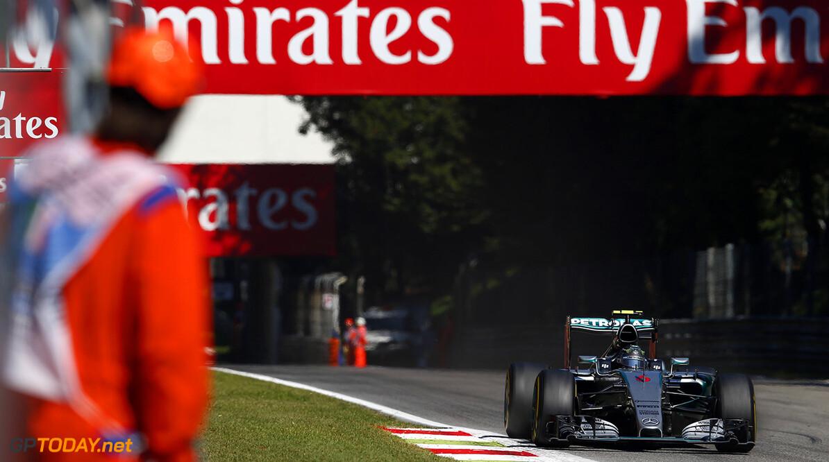 Rosberg still free to fight Hamilton - Mercedes