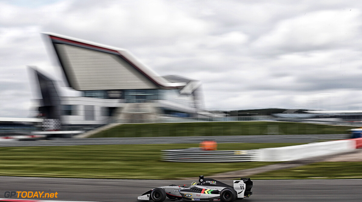 11 ELLINAS Tio (CYP) Strakka Racing (GBR) action during the 2015 World Series by Renault from September 3 to 5th  2015, at Silverstone, England. Photo Jean-Michel Le Meur / DPPI. AUTO - WSR SILVERSTONE 2015 Jean-Michel Le Meur Silverstone Angleterre  2.0 2015 Auto Car CHAMPIONNAT ESPAGNE Europe FORMULA RENAULT FORMULES FR FR 3.5 MONOPLACE Motorsport Race RENAULT SPORT series Sport UNIPLACE VOITURES WORLD WORLD SERIES BY RENAULT WSR ANGLETERRE