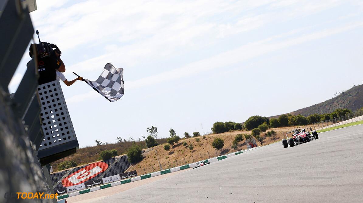 FIA Formula 3 European Championship, round 9, race 3, Portimao 1 Felix Rosenqvist (SWE, Prema Powerteam, Dallara F312 - Mercedes-Benz), FIA Formula 3 European Championship, round 9, race 3, Portimao (POR) - 4. - 6. September 2015 FIA Formula 3 European Championship, round 9, race 3, Portimao (POR) Thomas Suer Portimao Portugal