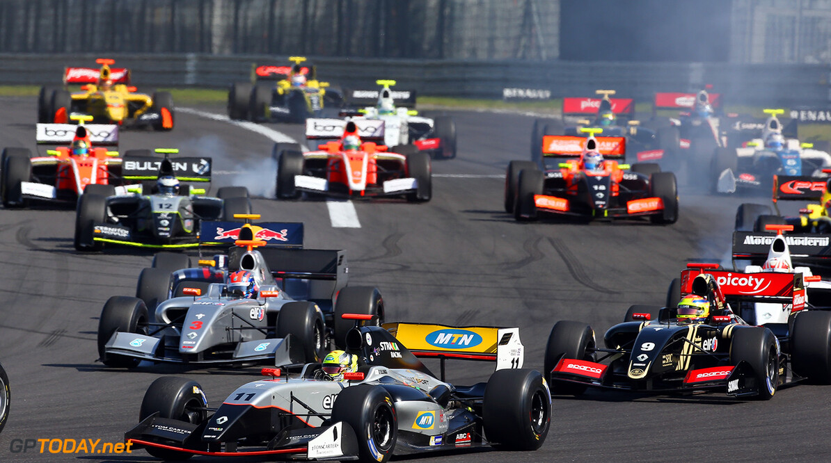 11 ELLINAS Tio (CYP) Strakka Racing (GBR) action during the 2015 World Series by Renault from September 10 to 13th  2015, at Nurburgring, Germany. Photo Gregory Lenormand / DPPI. AUTO - WSR NURBURGRING 2015 Gregory Lenormand Nurburgring Allemagne  2.0 2015 ALLEMAGNE AUTO CAR CHAMPIONNAT Europe FORMULA RENAULT FORMULES FR FR 3.5 MONOPLACE MOTORSPORT RENAULT SPORT Race Sport UNIPLACE VOITURES WORLD WORLD SERIES BY RENAULT WSR series