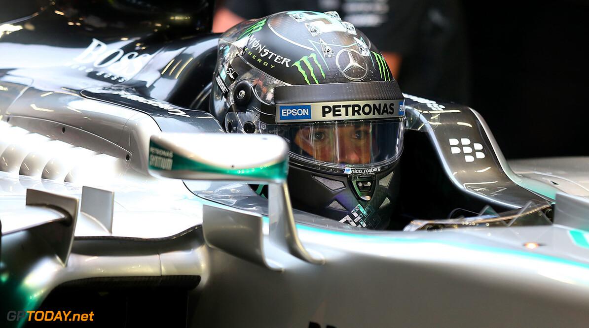 "Rosberg: ""I am fighting Hamilton, not Vettel"""