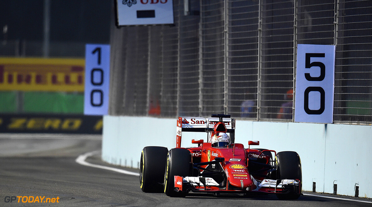 Sebastian Vettel wins Singapore's Grand Prix