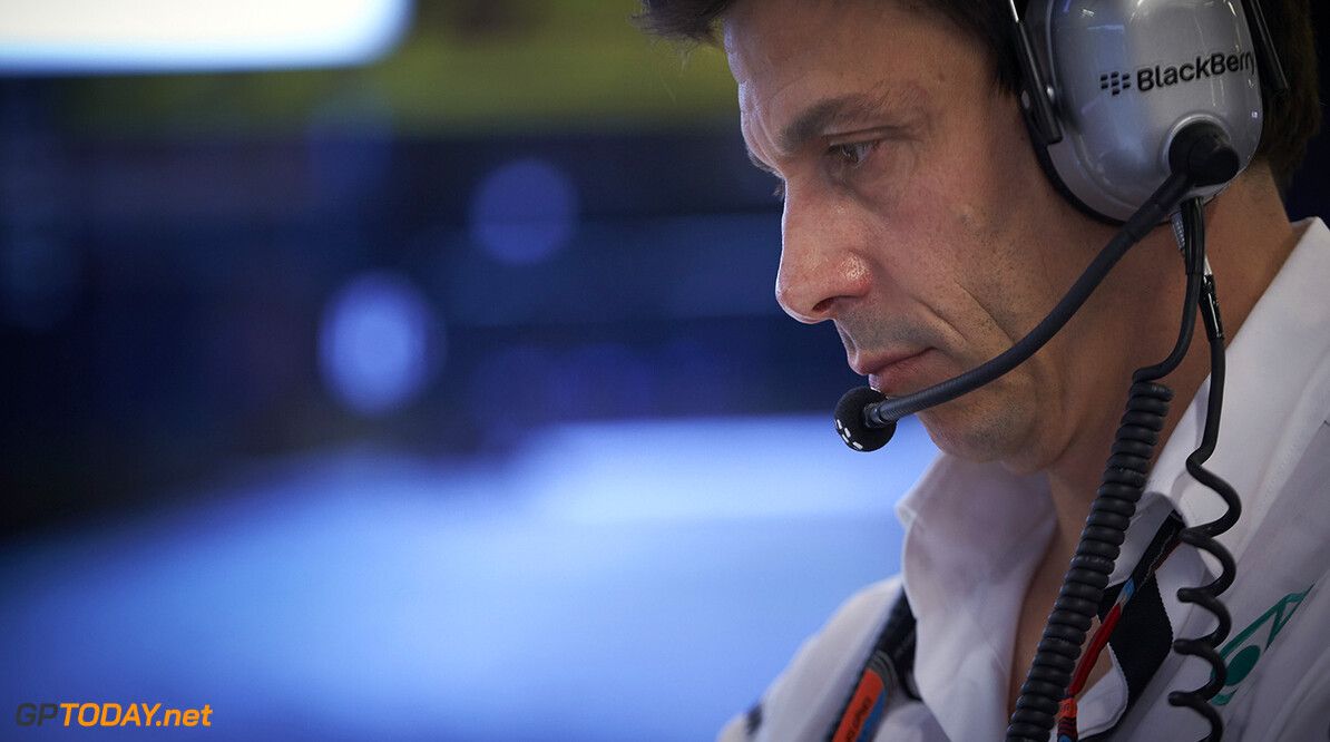 Wolff says Manor resignations 'a blow'