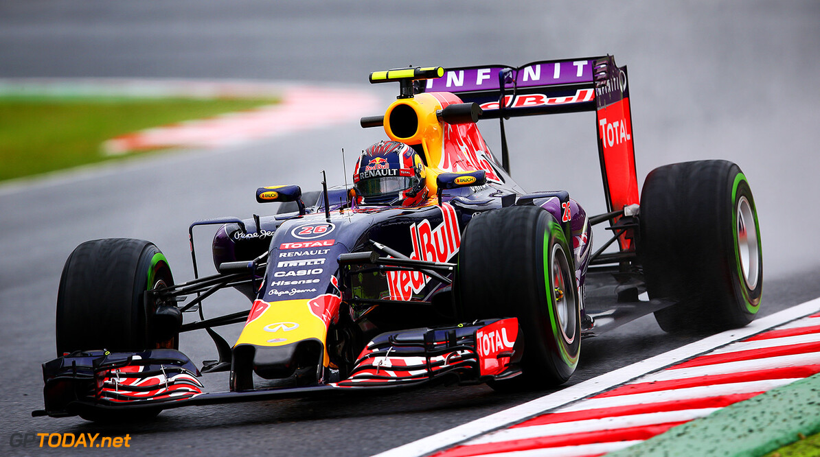 SUZUKA, JAPAN - SEPTEMBER 25:  Daniil Kvyat of Russia and Infiniti Red Bull Racing drives during practice for the Formula One Grand Prix of Japan at Suzuka Circuit on September 25, 2015 in Suzuka.  (Photo by Clive Mason/Getty Images) // Getty Images/Red Bull Content Pool // P-20150925-00046 // Usage for editorial use only // Please go to www.redbullcontentpool.com for further information. //  F1 Grand Prix of Japan - Practice Clive Mason Suzuka Japan  P-20150925-00046