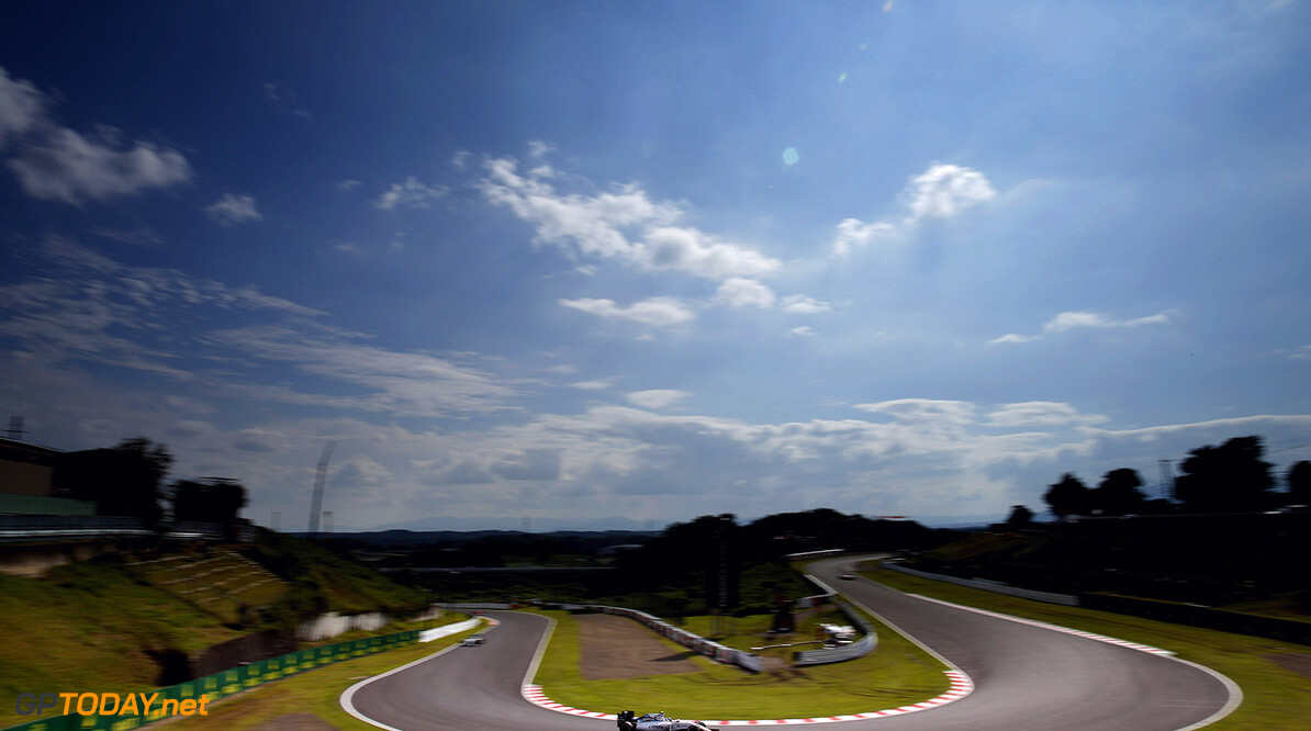 Suzuka Circuit, Suzuka, Japan. Sunday 27 September 2015. Valtteri Bottas, Williams FW37 Mercedes. Photo: Glenn Dunbar/Williams ref: Digital Image WW2Q2117      Action