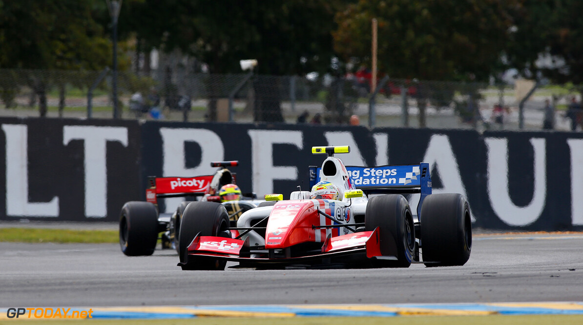 04 ROWLAND Oliver (GBR) Fortec Motorsports (GBR) action during the 2015 World Series by Renault from September 25 to 27th  2015, at Le Mans, France. Photo Florent Gooden / DPPI. AUTO - WSR LE MANS 2015 Florent Gooden Le Mans France  2015 AUTO CAR CHAMPIONNAT Europe FORMULA RENAULT FORMULES FR FR 2.0 FR 3.5 FRANCE MONOPLACE MOTORSPORT RENAULT SPORT RS01 Race Sport UNIPLACE VOITURES WORLD WORLD SERIES BY RENAULT WSR series