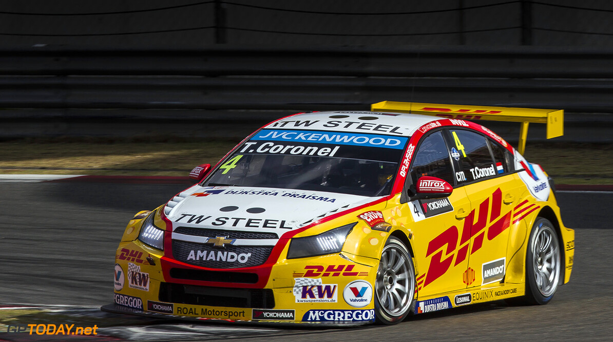 04 CORONEL Tom (ned) Chevrolet Cruze team Roal motorsport action during the 2015 FIA WTCC World Touring Car Championship race at Shangai from September 25 to 27th 2015, China. Photo Antonin Grenier/ DPPI. AUTO - WTCC SHANGHAI 2015 Antonin Grenier Shanghai Chine  Auto CHAMPIONNAT DU MONDE CHINE COURSE FIA Motorsport SEPTEMBER SEPTEMBRE WTCC circuit tourisme