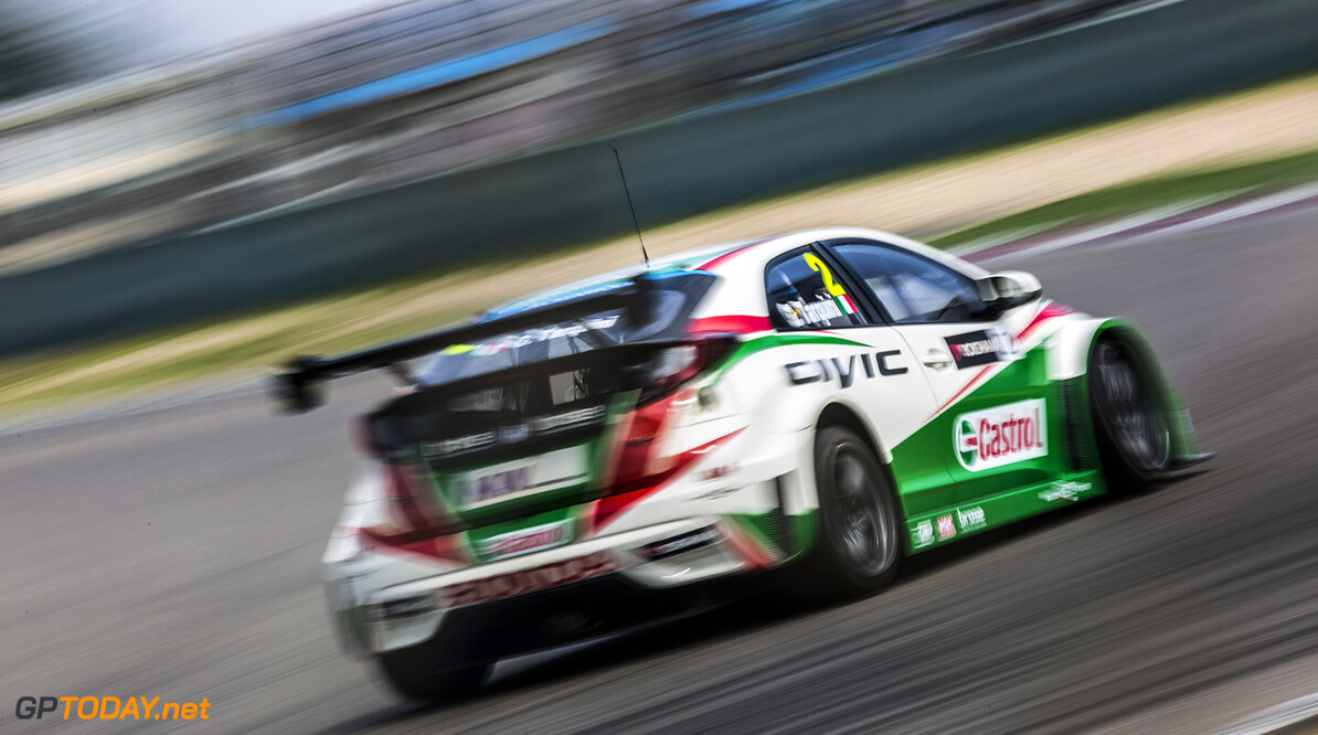 02 TARQUINI Gabriele (ita) Honda Civic team Honda racing Jas action during the 2015 FIA WTCC World Touring Car Championship race at Shangai from September 25 to 27th 2015, China. Photo Antonin Grenier/ DPPI. AUTO - WTCC SHANGHAI 2015 Antonin Grenier Shanghai Chine  Auto CHAMPIONNAT DU MONDE CHINE COURSE FIA Motorsport SEPTEMBER SEPTEMBRE WTCC circuit tourisme