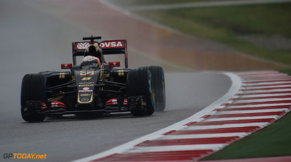 Formula One World Championship Romain Grosjean (FRA) Lotus F1 E23 in the qualifying session.