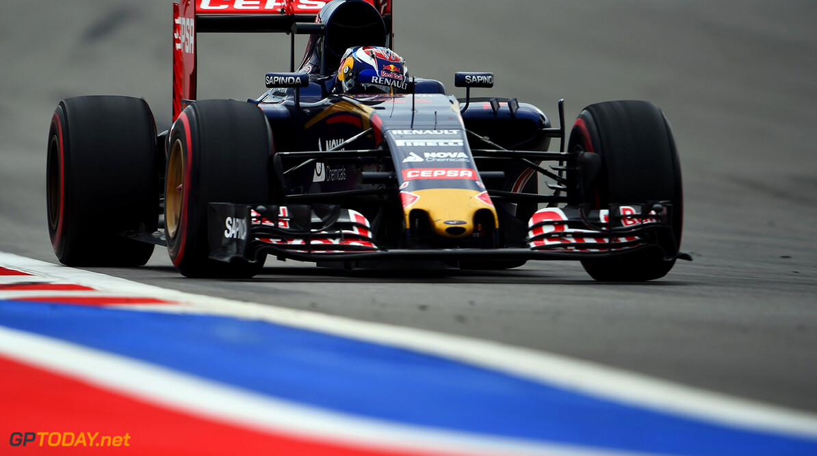 FP1: Verstappen leads on slippery surface in Mexico