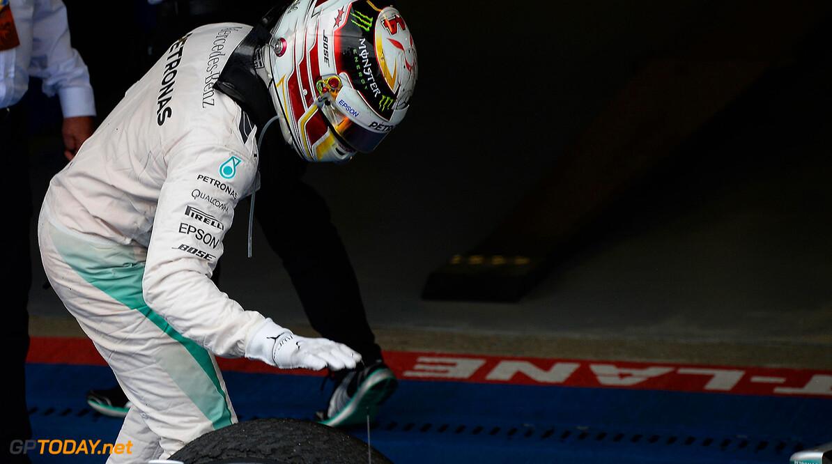 Hamilton aast op winst in land van Ayrton Senna