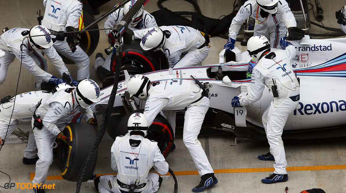 Sochi Autodrom, Sochi, Russia. Sunday 11 October 2015. Felipe Massa, Williams FW37 Mercedes, makes a pit stop. Photo: Steven Tee/Williams ref: Digital Image WL4R5578  Steven Tee    Pit Stops