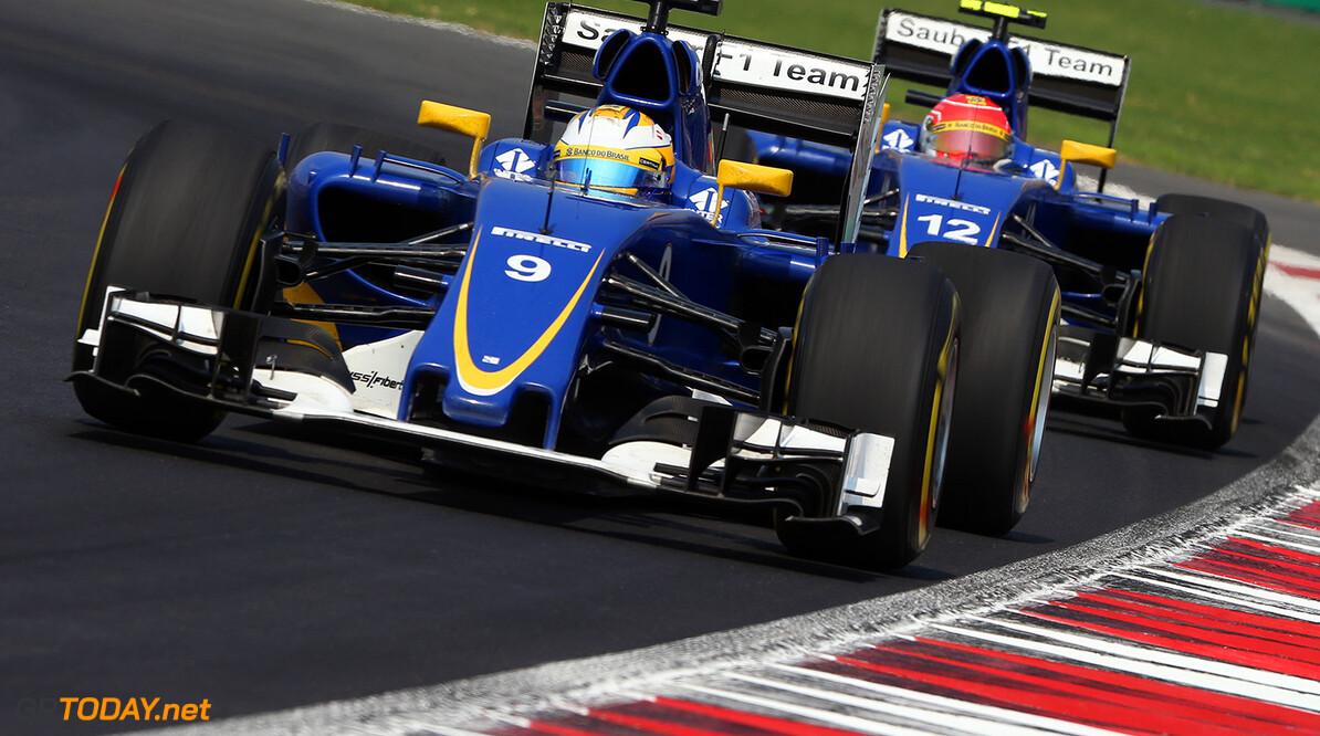 Smith helps Sauber turn sharp corner with new car