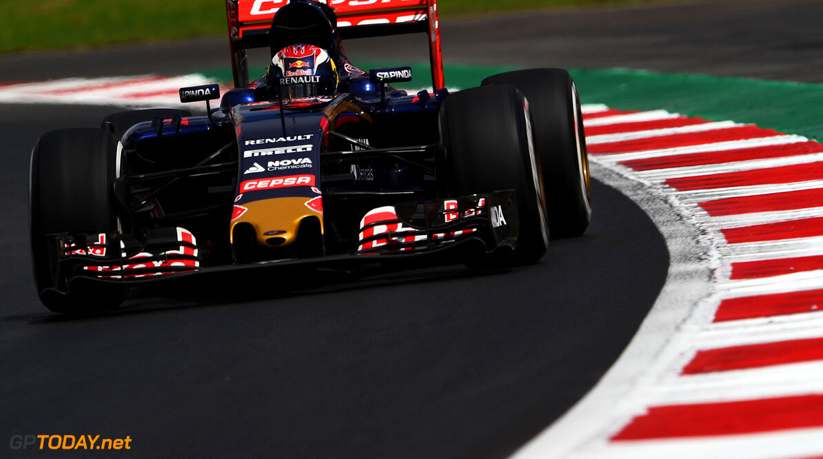 MEXICO CITY, MEXICO - OCTOBER 30:  Max Verstappen of Netherlands and Scuderia Toro Rosso drives during practice for the Formula One Grand Prix of Mexico at Autodromo Hermanos Rodriguez on October 30, 2015 in Mexico City, Mexico.  (Photo by Lars Baron/Getty Images) // Getty Images/Red Bull Content Pool // P-20151030-00670 // Usage for editorial use only // Please go to www.redbullcontentpool.com for further information. //  F1 Grand Prix of Mexico - Practice Lars Baron Mexico City Mexico  P-20151030-00670