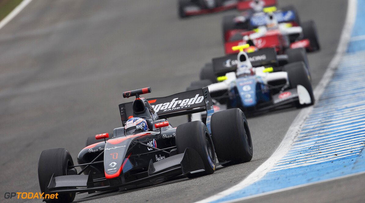 01 DE_VRIES Nyck (NED) Dams (FRA) action during the 2015 World Series by Renault from October 16th to 18th 2015, at Jerez, Spain. Photo Jean Michel Le Meur / DPPI AUTO - WSR JEREZ 2015 Jean Michel Le Meur Jerez Espagne  2015 Auto Car Championnat Espagne Europe Formula Renault Formules Fr Fr 3.5 Monoplace Motorsport October Octobre Race Renault Sport Series Sport Uniplace Voitures World World Series By Renault Wsr