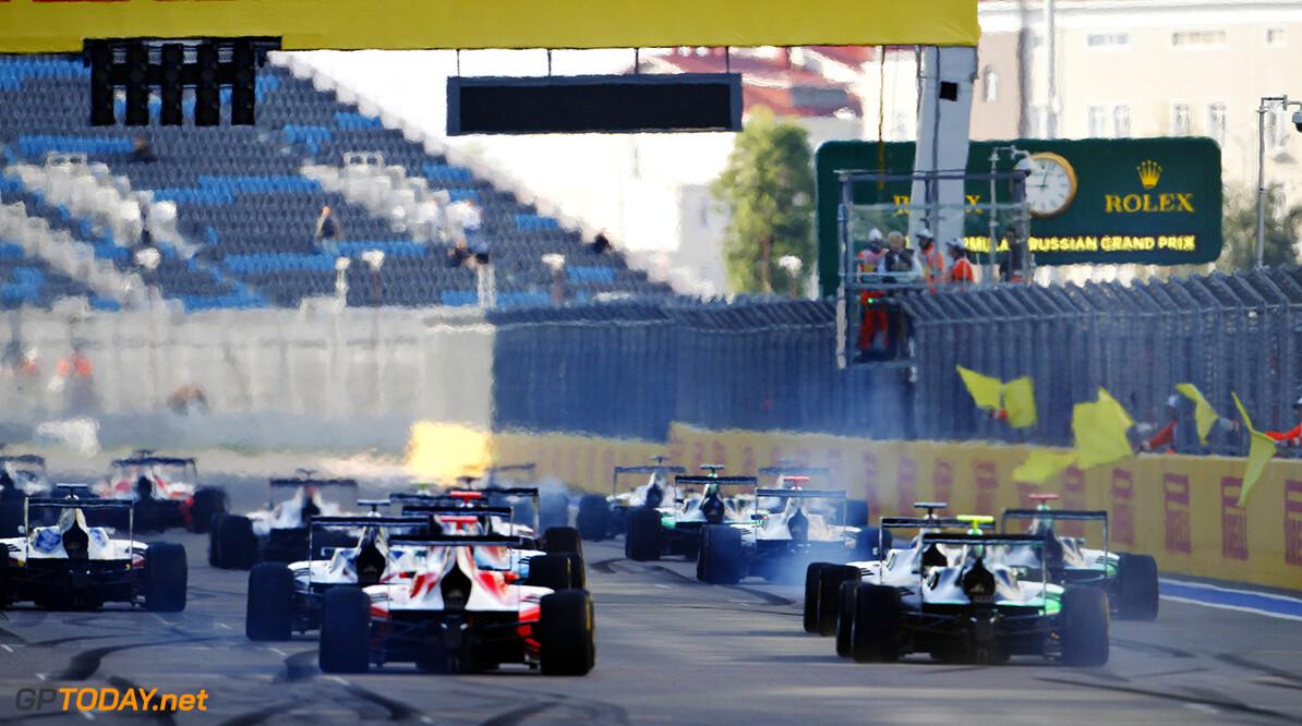 2015 GP3 Series Round 7.  Sochi Autodrom, Sochi, Russia  Sunday 11 October 2015. The start. Photo: Sam Bloxham/GP3 Series Media Service.  ref: Digital Image _G7C7344      sunday race one action