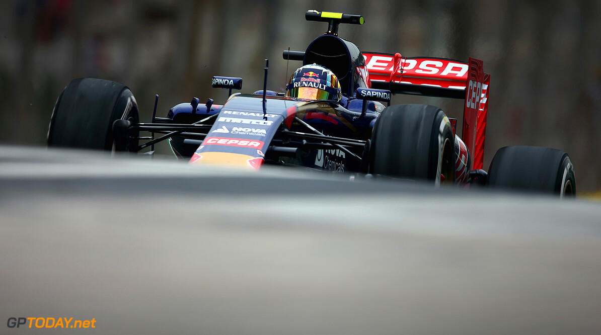 SAO PAULO, BRAZIL - NOVEMBER 13:  Carlos Sainz of Spain and Scuderia Toro Rosso drives during practice for the Formula One Grand Prix of Brazil at Autodromo Jose Carlos Pace on November 13, 2015 in Sao Paulo, Brazil.  (Photo by Clive Mason/Getty Images) // Getty Images/Red Bull Content Pool // P-20151113-00227 // Usage for editorial use only // Please go to www.redbullcontentpool.com for further information. //  F1 Grand Prix of Brazil - Practice Clive Mason Sao Paulo Brazil  P-20151113-00227
