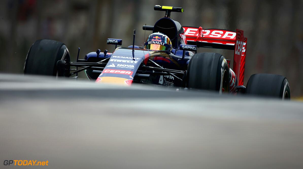 Sainz spreekt voor zijn beurt over Ferrari-motoren
