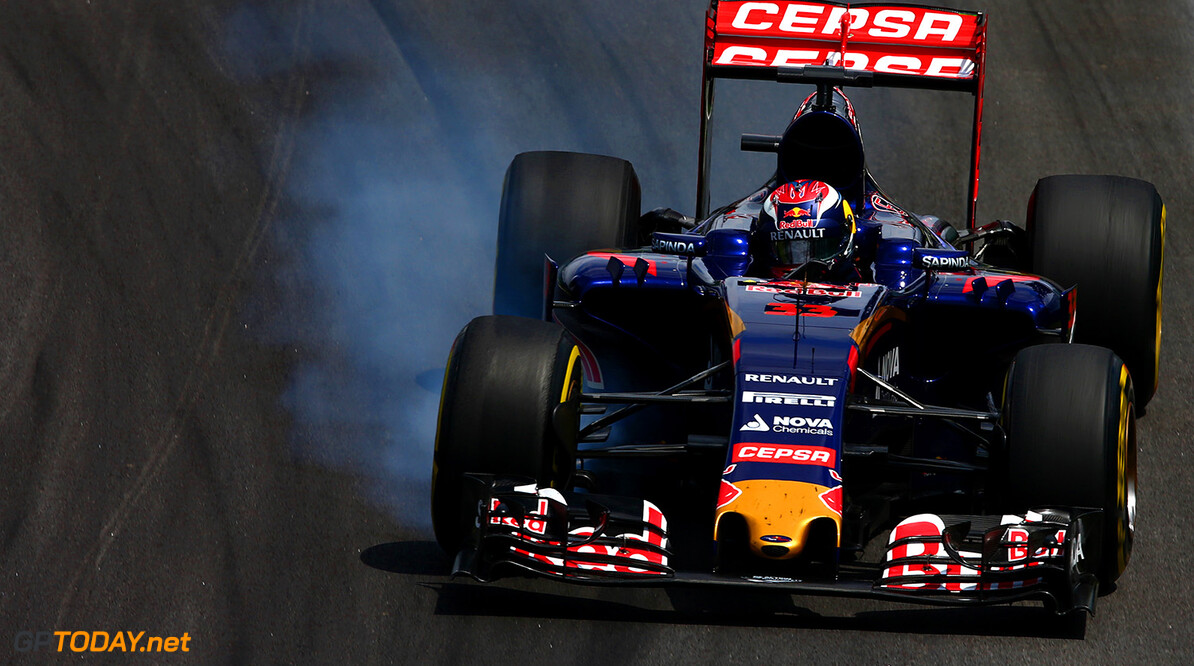SAO PAULO, BRAZIL - NOVEMBER 15:  Max Verstappen of Netherlands and Scuderia Toro Rosso locks up during the Formula One Grand Prix of Brazil at Autodromo Jose Carlos Pace on November 15, 2015 in Sao Paulo, Brazil.  (Photo by Clive Mason/Getty Images) // Getty Images/Red Bull Content Pool // P-20151115-00497 // Usage for editorial use only // Please go to www.redbullcontentpool.com for further information. //  F1 Grand Prix of Brazil Clive Mason Sao Paulo Brazil  P-20151115-00497