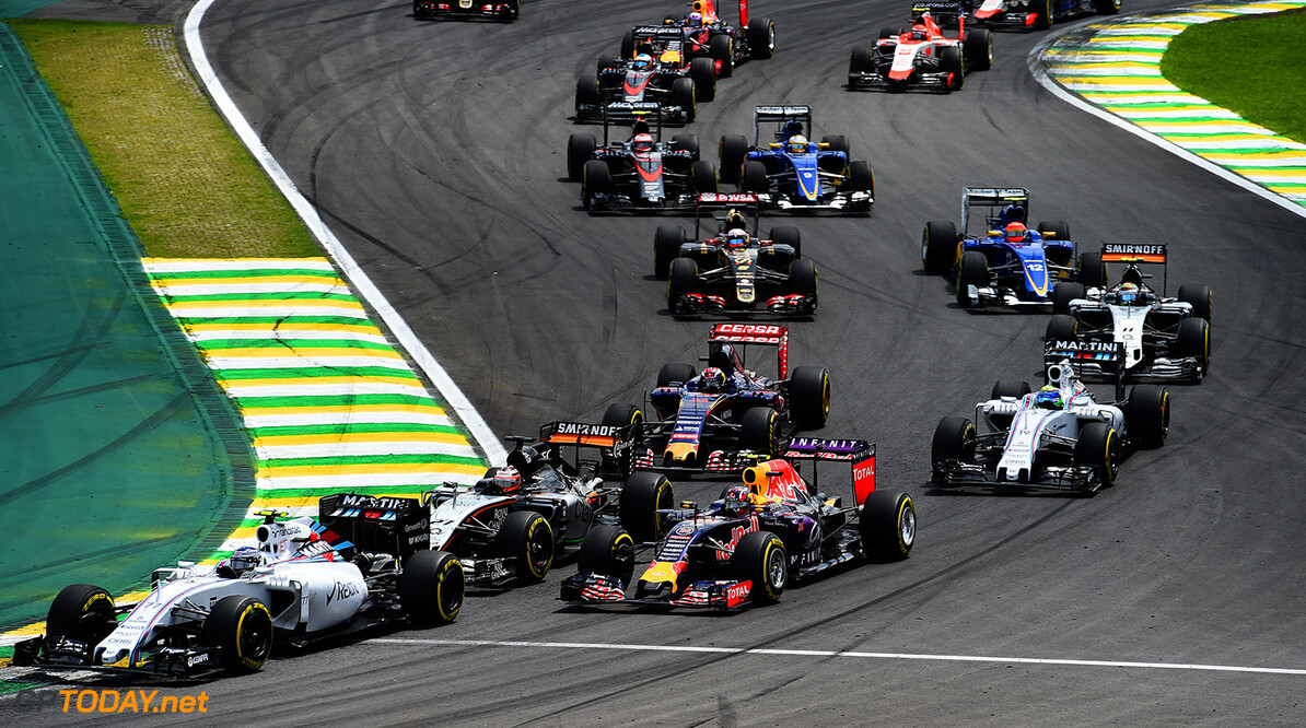 SAO PAULO, BRAZIL - NOVEMBER 15:  Valtteri Bottas of Finland and Williams, Nico Hulkenberg of Germany and Force India and Daniil Kvyat of Russia and Infiniti Red Bull Racing drive during the Formula One Grand Prix of Brazil at Autodromo Jose Carlos Pace on November 15, 2015 in Sao Paulo, Brazil.  (Photo by Lars Baron/Getty Images) // Getty Images/Red Bull Content Pool // P-20151115-00532 // Usage for editorial use only // Please go to www.redbullcontentpool.com for further information. //  F1 Grand Prix of Brazil Lars Baron Sao Paulo Brazil  P-20151115-00532