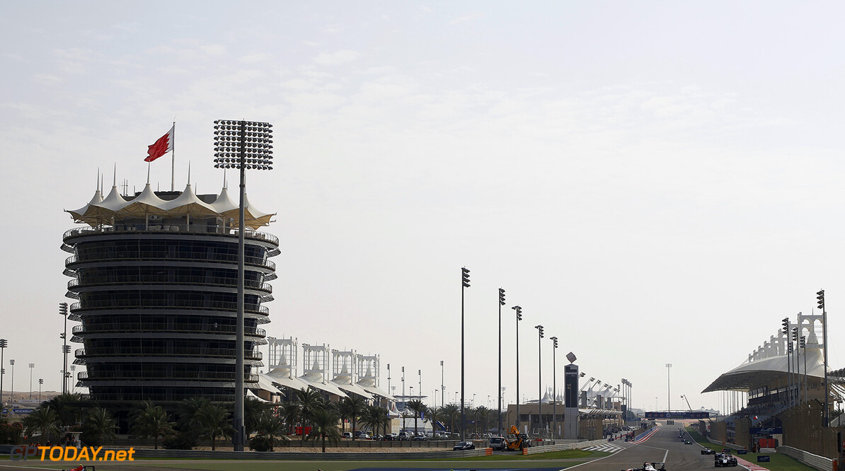 2015 GP3 Series Round 8. Bahrain International Circuit, Bahrain Friday 20 November 2015. Emil Bernstorff (GBR, Arden International), leads Kevin Ceccon (ITA, Arden International) Jimmy Eriksson (SWE, Koiranen GP) & Artur Janosz (POL, Trident)  Photo: Sam Bloxham/GP3 Series Media Service. ref: Digital Image _G7C0509  Sam Bloxham    Race One 1 Feature action