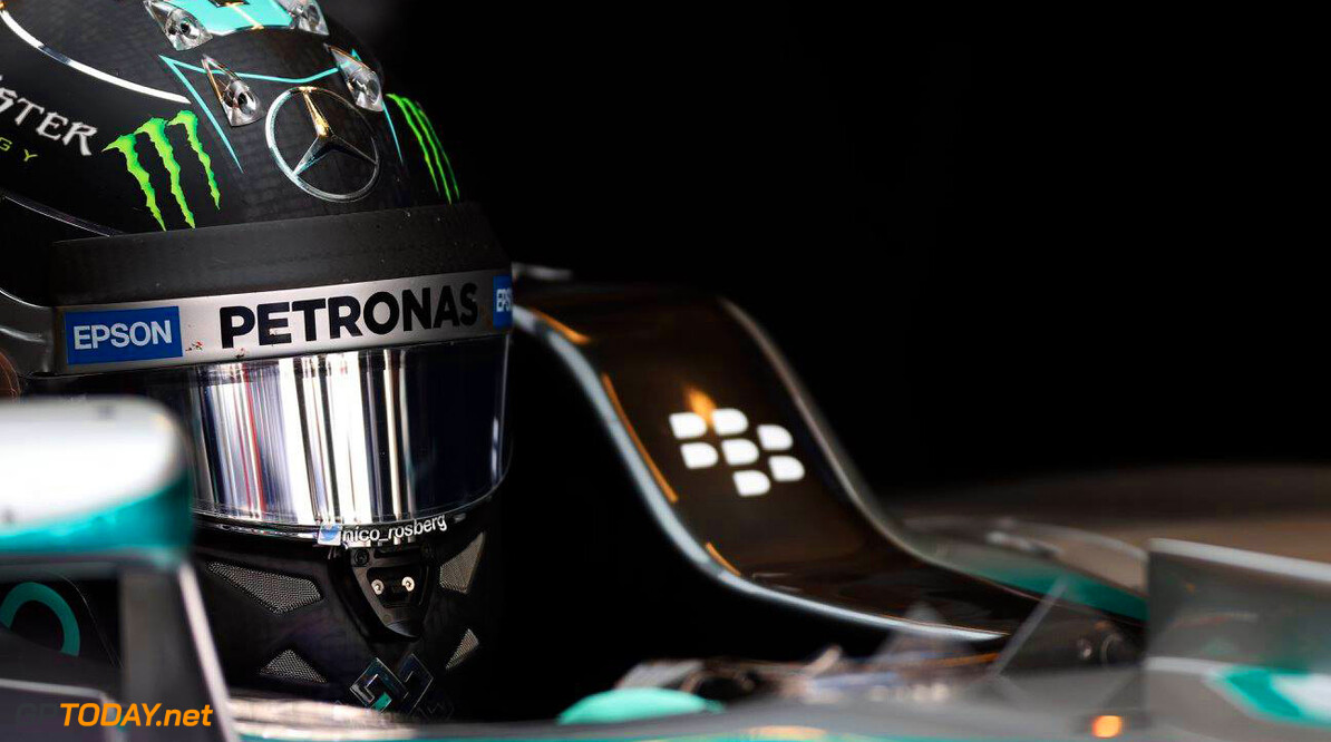 <strong>Rapport Abu Dhabi 2015:</strong> Rosberg soeverein