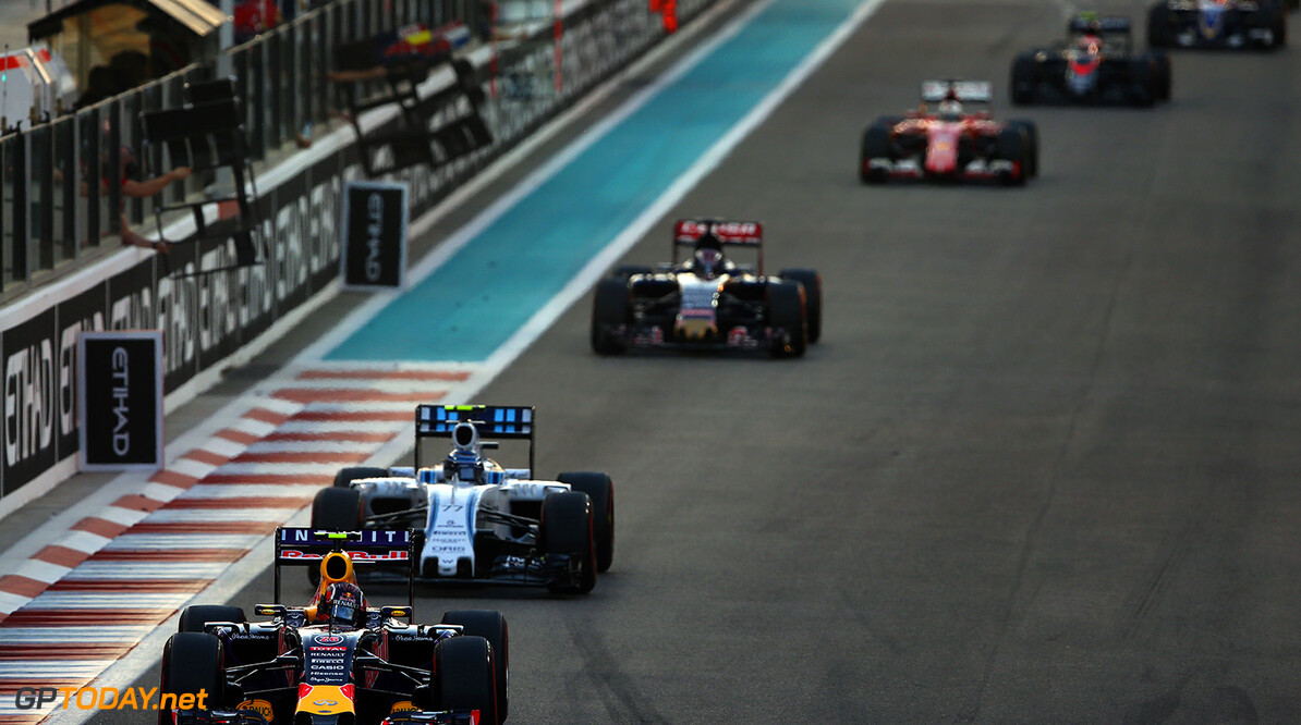 ABU DHABI, UNITED ARAB EMIRATES - NOVEMBER 29:  Daniil Kvyat of Russia and Infiniti Red Bull Racing drives ahead of Valtteri Bottas of Finland and Williams during the Abu Dhabi Formula One Grand Prix at Yas Marina Circuit on November 29, 2015 in Abu Dhabi, United Arab Emirates.  (Photo by Mark Thompson/Getty Images) // Getty Images/Red Bull Content Pool // P-20151129-00330 // Usage for editorial use only // Please go to www.redbullcontentpool.com for further information. //  F1 Grand Prix of Abu Dhabi Mark Thompson Abu Dhabi United Arab Emirates  P-20151129-00330