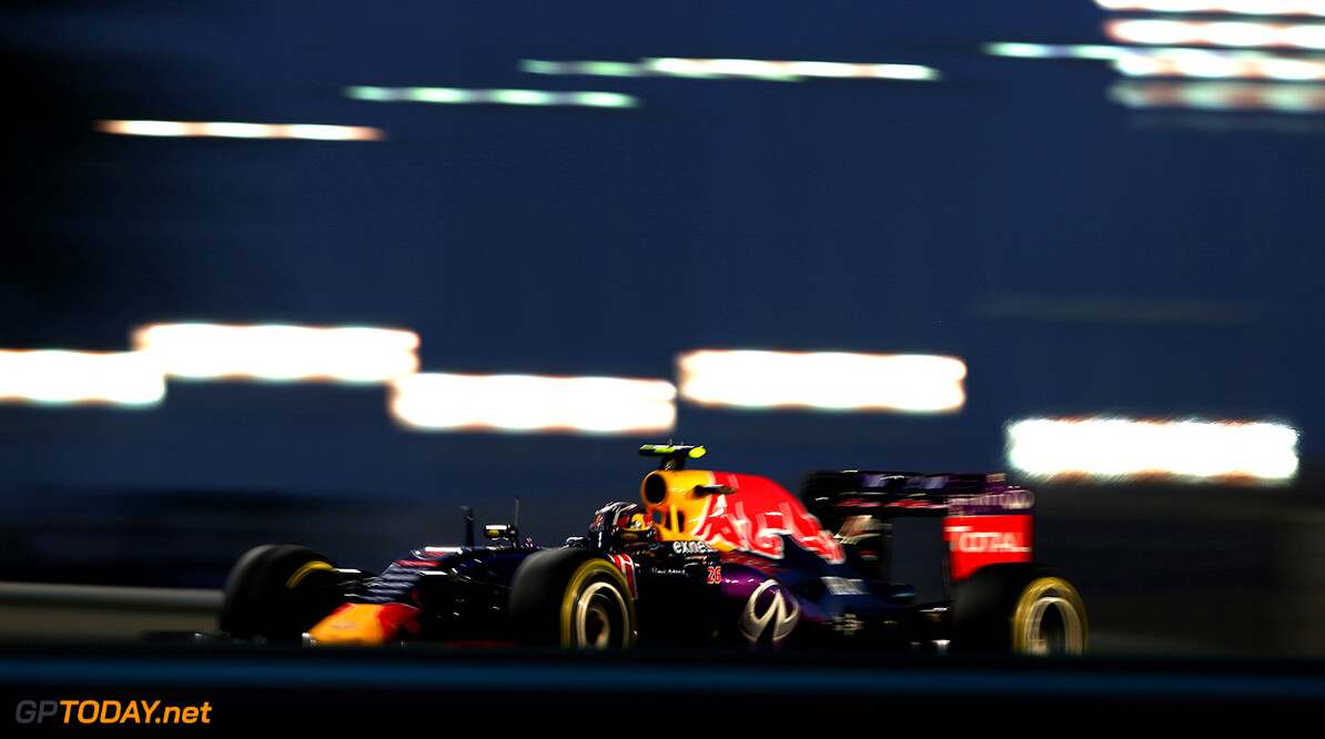 ABU DHABI, UNITED ARAB EMIRATES - NOVEMBER 29:  Daniil Kvyat of Russia and Infiniti Red Bull Racing drives during the Abu Dhabi Formula One Grand Prix at Yas Marina Circuit on November 29, 2015 in Abu Dhabi, United Arab Emirates.  (Photo by Mark Thompson/Getty Images) // Getty Images/Red Bull Content Pool // P-20151129-00320 // Usage for editorial use only // Please go to www.redbullcontentpool.com for further information. //  F1 Grand Prix of Abu Dhabi Mark Thompson Abu Dhabi United Arab Emirates  P-20151129-00320