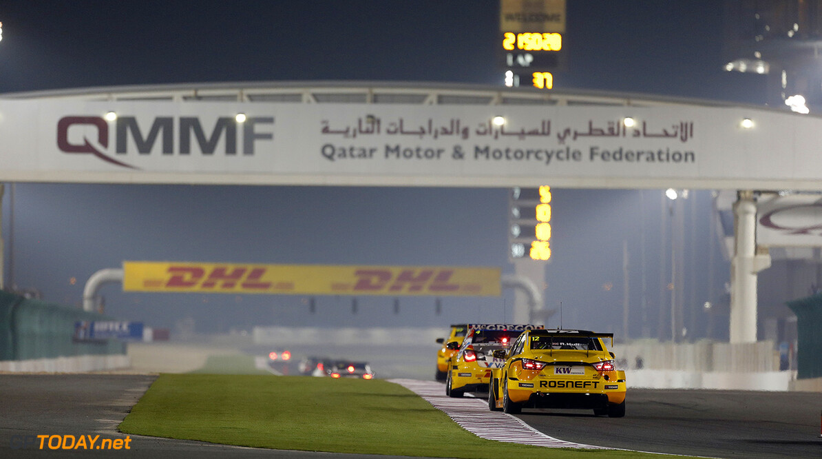 12 HUFF Rob (GBR) Lada Vesta team Lada Sport Rosneft action during the 2015 FIA WTCC World Touring Car Championship race at Losail  from November 25th to 27th  2015, Qatar. Photo Francois Flamand / DPPI AUTO - WTCC LOSAIL 2015 Francois Flamand Losail Qatar  Auto Championnat Du Monde Losail International Circuit Circuit Course Fia Motorsport November Novembre Quatar Tourisme Wtcc