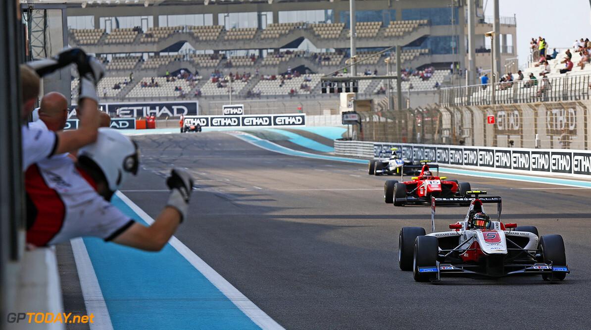 2015 GP3 Series Round 9 Yas Marina Circuit, Abu Dhabi, UAE. Saturday 28 November 2015. Marvin Kirchhofer (GER, ART Grand Prix), wins the race in front of his team Photo: Sam Bloxham/GP3 Series Media Service. ref: Digital Image _SBL8865  Sam Bloxham    Race One 1