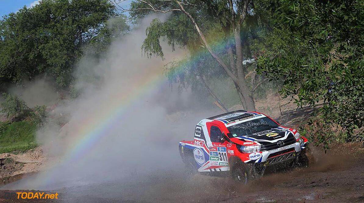 <strong>Dakar:</strong> Ten Brinke vindt zijn ritme op rallyproef
