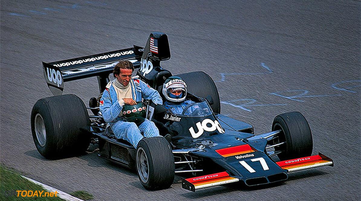 75IT-T31-380 sl  Rainer W. Schlegelmilch Monza Italy  1975 Italy Monza Formula 1 Laffite, Jacques Jarier, Jean-Pierre Shadow Marta TGC3