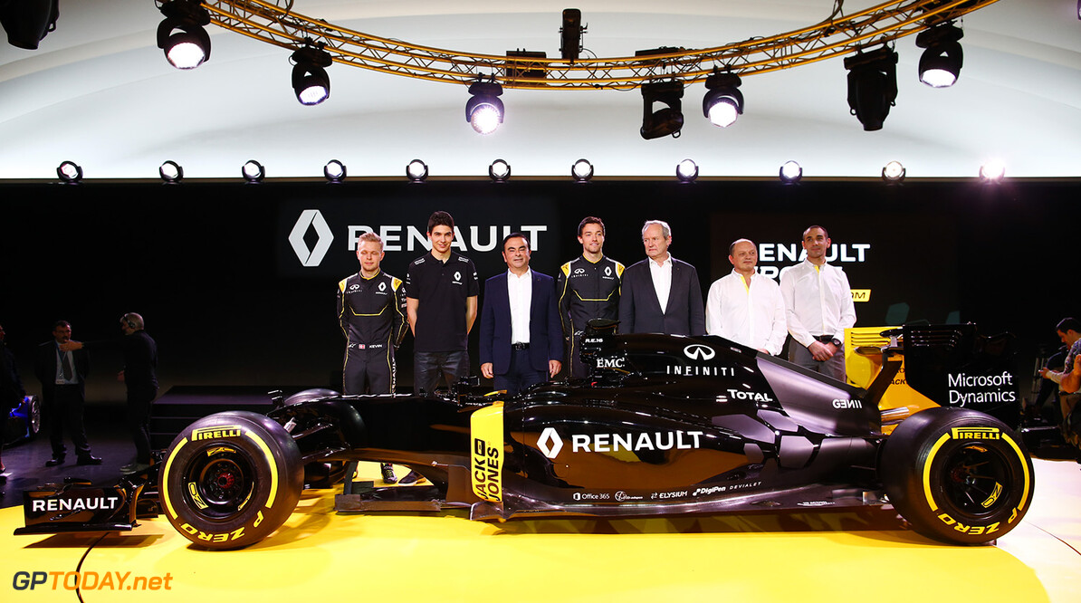 GHOSN Carlos Renault President launching the Renault R.S. 16 with STOLL Jerome (fra) Renault Sport F1 president with ABITEBOUL Cyril (fra) Renault Sport F1 managing director and VASSEUR Frederic (fra) team manager Renault Sport F1 team and drivers PALMER Jolyon (gbr), MAGNUSSEN Kevin (dan) and OCON Esteban (fra) Renault F1 tests driver  ambiance portrait during the Renault Sport F1 launch at Guyancourt Technocentre, France on february 3 2016 -  Photo Frederic Le Floc'h / DPPI AUTO - RENAULT SPORT F1 LAUNCH  - 2016 Frederic Le Floc'h Guyancourt France  rst guyancourt paris renault sport cars sports car fevrier F1 Formula one Formula 1 presentation lancement annonce annoucement