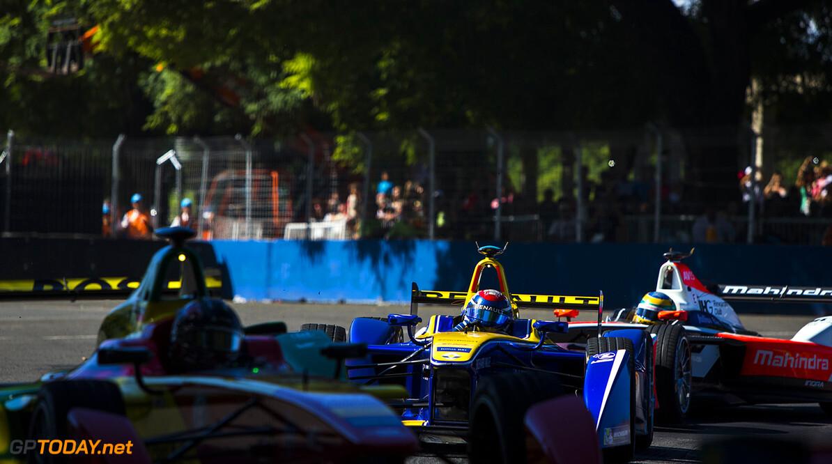 2015/2016 FIA Formula E Championship. Buenos Aires ePrix, Buenos Aires, Argentina. Saturday 6 February 2016. Sebastien Buemi (SUI), Renault e.Dams Z.E.15. Photo: Zak Mauger/LAT/Formula E ref: Digital Image _L0U1280  Zak Mauger    fe formula e action