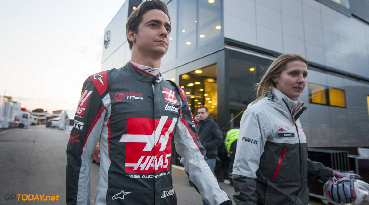 160219RF10159 BARCELONA, SPAIN - 19 FEBRUARY 2016: #21 Esteban Gutierrez (MEX), Haas F1 Team, during day 1 of Formula 1's Pre-Season Test at Circuit de Barcelona-Catalunya. Formula 1's Pre-Season Test Ronald Fleurbaaij Barcelona Spain  Sport Sports Autosport Motorsports Auto Car Racewagen Race Car Formule 1 Formula 1 F1 FIA Formula One World Championship Spain Spanje Circuit de Barcelona-Catalunya Pre-Season Test