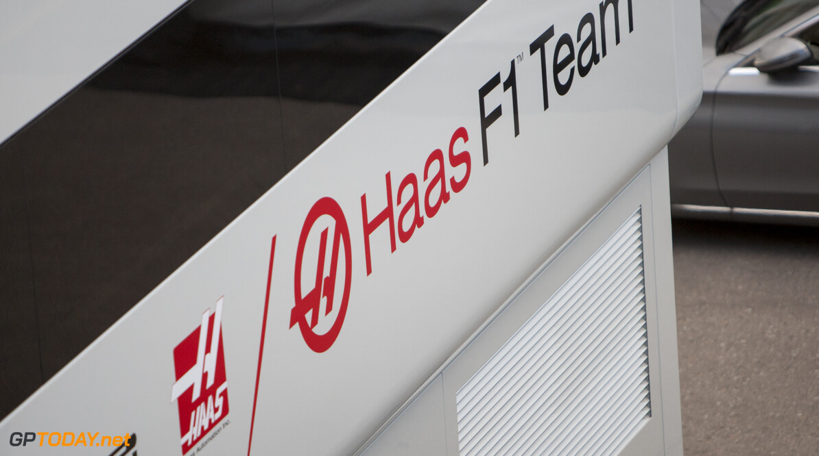 160219RF20043 BARCELONA, SPAIN - 19 FEBRUARY 2016: Haas F1 Team during Formula 1's Pre-Season Test at Circuit de Barcelona-Catalunya. Formula 1's Pre-Season Test Ronald Fleurbaaij Barcelona Spain  Sport Sports Autosport Motorsports Auto Car Racewagen Race Car Formule 1 Formula 1 F1 FIA Formula One World Championship Spain Spanje Circuit de Barcelona-Catalunya Pre-Season Test
