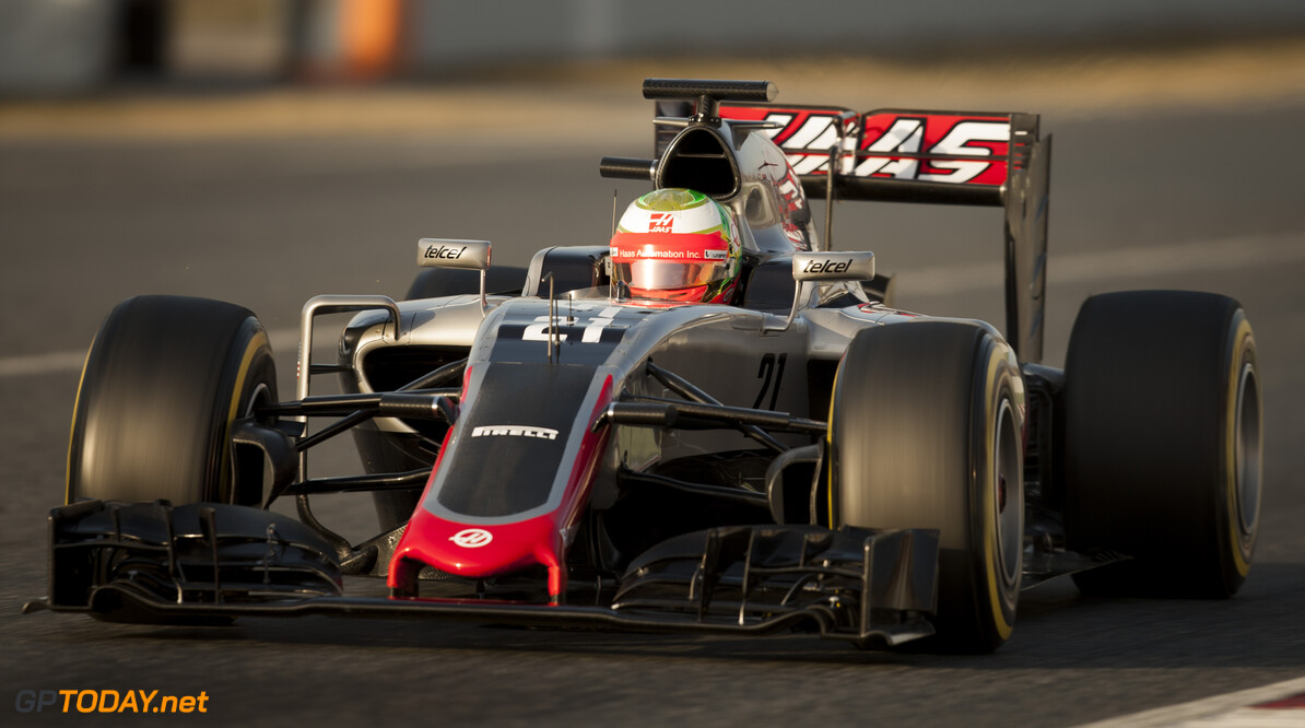 160223RF22524 BARCELONA, SPAIN - 23 FEBRUARY 2016: #21 Esteban Gutierrez (MEX), Haas F1 Team, during day 1 of Formula 1's Pre-Season Test at Circuit de Barcelona-Catalunya. Formula 1's Pre-Season Test Ronald Fleurbaaij Barcelona Spain  Sport Sports Autosport Motorsports Auto Car Racewagen Race Car Formule 1 Formula 1 F1 FIA Formula One World Championship Spain Spanje Circuit de Barcelona-Catalunya Pre-Season Test
