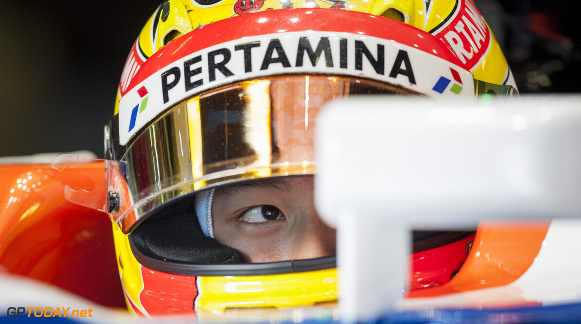 160224RF22831 BARCELONA, SPAIN - 24 FEBRUARY 2016: #88 Rio Haryanto (IDN), Manor Racing, during day 1 of Formula 1's Pre-Season Test at Circuit de Barcelona-Catalunya. Formula 1's Pre-Season Test Ronald Fleurbaaij Barcelona Spain  Sport Sports Autosport Motorsports Auto Car Racewagen Race Car Formule 1 Formula 1 F1 FIA Formula One World Championship Spain Spanje Circuit de Barcelona-Catalunya Pre-Season Test