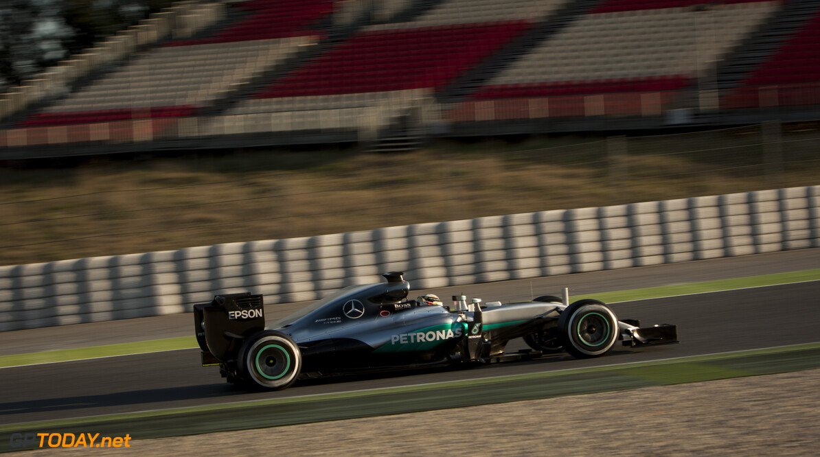 160224RF13108 BARCELONA, SPAIN - 24 FEBRUARY 2016: #44 Lewis Hamilton (GBR), Mercedes AMG Petronas F1 Team, during day 1 of Formula 1's Pre-Season Test at Circuit de Barcelona-Catalunya. Formula 1's Pre-Season Test Ronald Fleurbaaij Barcelona Spain  Sport Sports Autosport Motorsports Auto Car Racewagen Race Car Formule 1 Formula 1 F1 FIA Formula One World Championship Spain Spanje Circuit de Barcelona-Catalunya Pre-Season Test