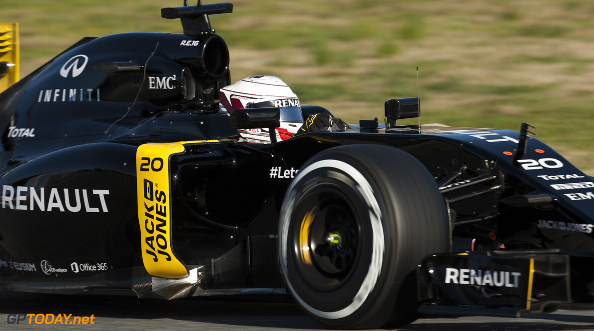 160301RF24994 BARCELONA, SPAIN - 1 MARCH 2016: #20 Kevin Magnussen (DNK), Renault Sport Formula One Team, during day 5 of Formula 1's Pre-Season Test at Circuit de Barcelona-Catalunya. Formula 1's Pre-Season Test Ronald Fleurbaaij Barcelona Spain  Sport Sports Autosport Motorsports Auto Car Racewagen Race Car Formule 1 Formula 1 F1 FIA Formula One World Championship Spain Spanje Circuit de Barcelona-Catalunya Pre-Season Test