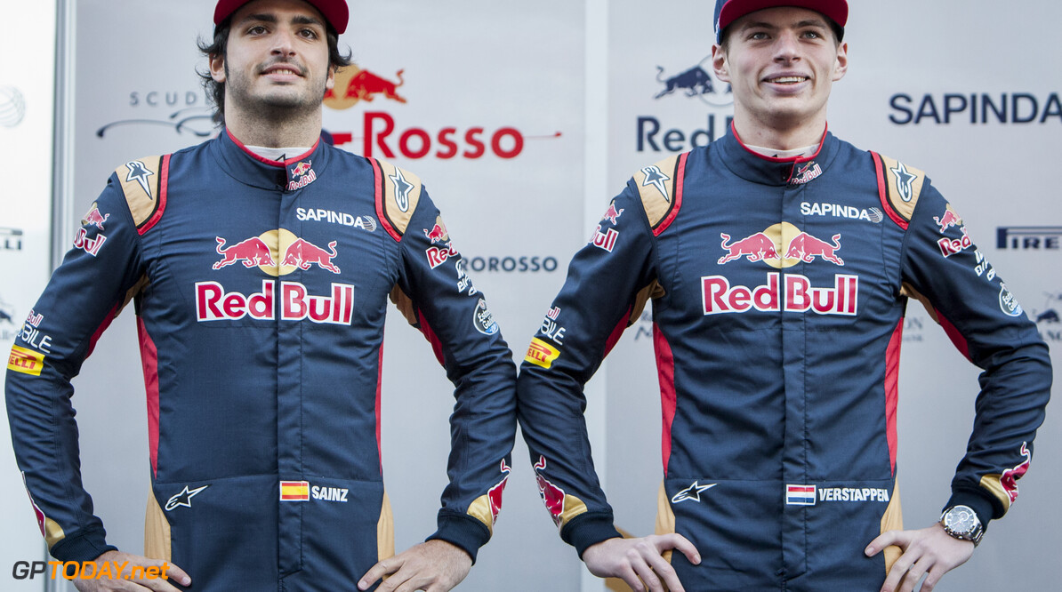 160301RF13411 BARCELONA, SPAIN - 1 MARCH 2016: #55 Carlos Sainz Jr (ESP) (L) and #33 Max Verstappen (NLD) (R) during the Scuderia Toro Rosso team presentation at Formula 1's Pre-Season Test at Circuit de Barcelona-Catalunya. Formula 1's Pre-Season Test Ronald Fleurbaaij Barcelona Spain  Sport Sports Autosport Motorsports Auto Car Racewagen Race Car Formule 1 Formula 1 F1 FIA Formula One World Championship Spain Spanje Circuit de Barcelona-Catalunya Pre-Season Test