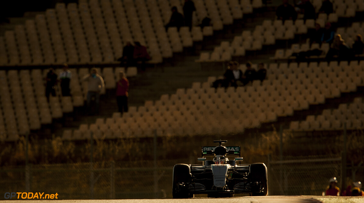 160303RF27298 BARCELONA, SPAIN - 3 MARCH 2016: #44 Lewis Hamilton (GBR), Mercedes AMG Petronas F1 Team, during day 7 of Formula 1's Pre-Season Test at Circuit de Barcelona-Catalunya. Formula 1's Pre-Season Test Ronald Fleurbaaij Barcelona Spain  Sport Sports Autosport Motorsports Auto Car Racewagen Race Car Formule 1 Formula 1 F1 FIA Formula One World Championship Spain Spanje Circuit de Barcelona-Catalunya Pre-Season Test