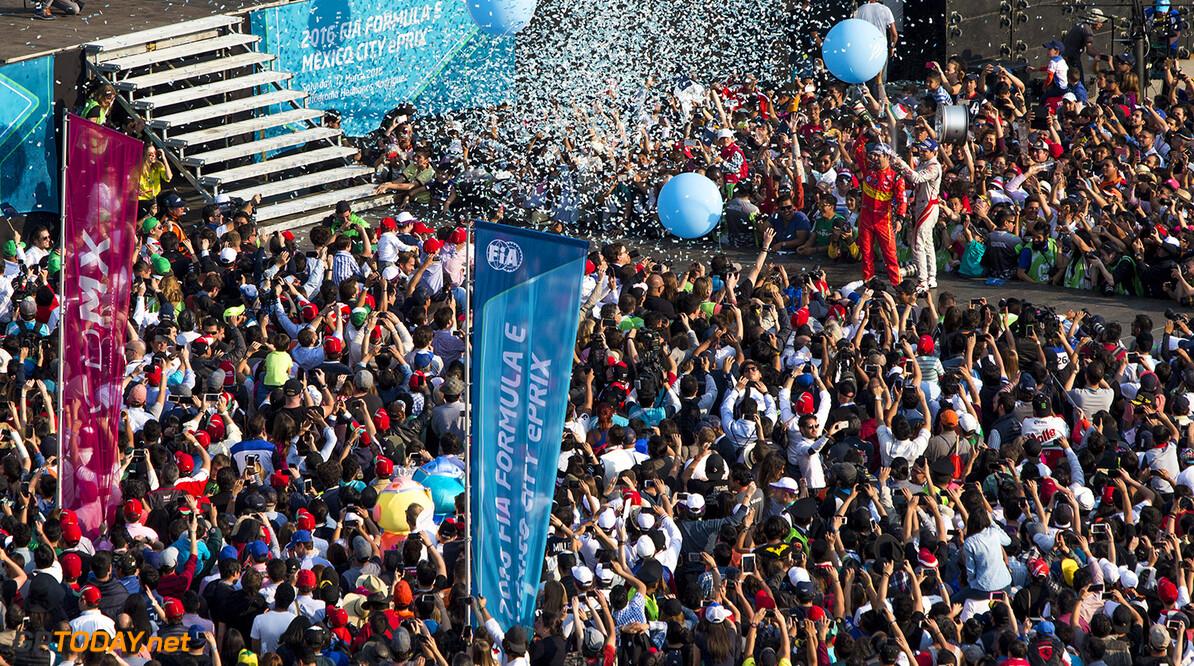 2015/2016 FIA Formula E Championship. Mexico City ePrix, Autodromo Hermanos Rodriguez, Mexico City, Mexico. Saturday 12 March 2016. Jerome D'Ambrosio (FRA) Dragon Racing - Venturi VM200-FE-01, Lucas Di Grassi (BRA), ABT Audi Sport FE01. Photo: Zak Mauger/LAT/Formula E ref: Digital Image _79P4165  Zak Mauger    fe formula e portrait podium