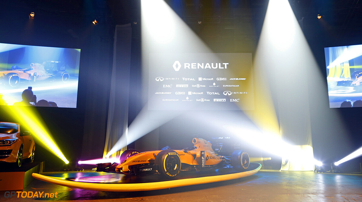 New Renault F1 RS 16 colors launch  March 16 - Photo Florent Gooden / DPPI F1 - NEW RENAULT F1 RS 16 COLORS LUNCH 2016 Florent Gooden Melbourne Australie  australie circuit formula one formule 1 formule un grand prix race pr?sentation pr?sentations lancement r?v?lation reveal couleur