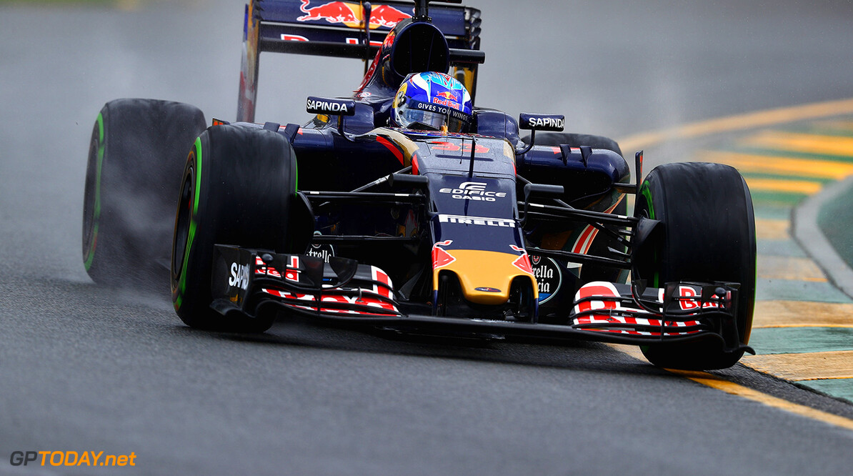 MELBOURNE, AUSTRALIA - MARCH 18: Max Verstappen of the Netherlands drives the (33) Scuderia Toro Rosso STR11 Ferrari 059/5 turbo on track during practice ahead of the Australian Formula One Grand Prix at Albert Park on March 18, 2016 in Melbourne, Australia.  (Photo by Clive Mason/Getty Images) // Getty Images / Red Bull Content Pool  // P-20160318-00077 // Usage for editorial use only // Please go to www.redbullcontentpool.com for further information. //  Australian F1 Grand Prix - Practice Clive Mason Melbourne Australia  P-20160318-00077